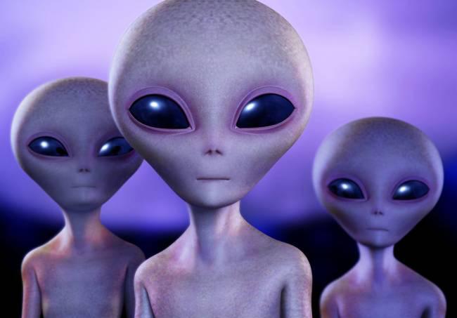 Инопланетяне на Readly